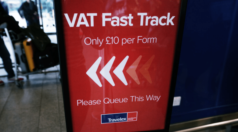 minimal traveler, uk, tax refund006