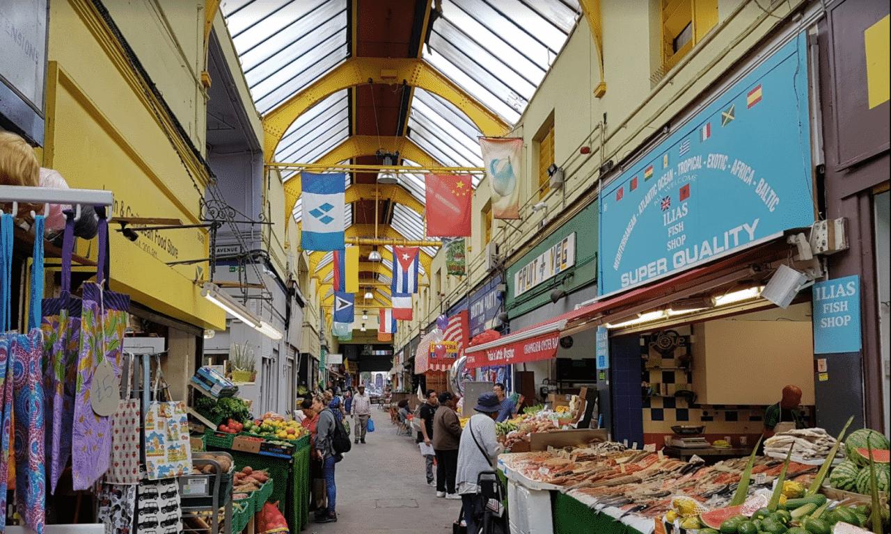 minimal traveler, london street market, Brixton Village Market