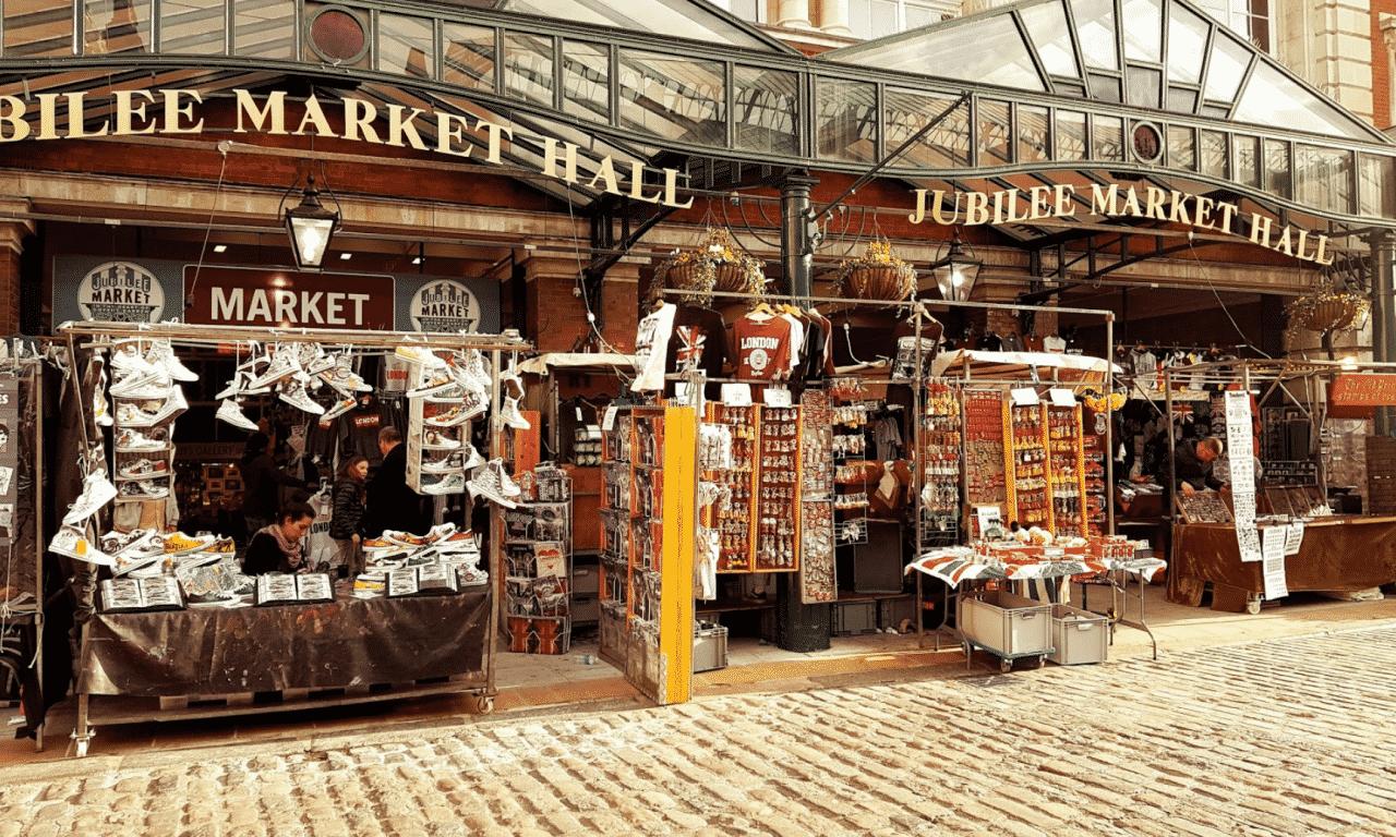 minimal traveler, london street market, Jubilee Market