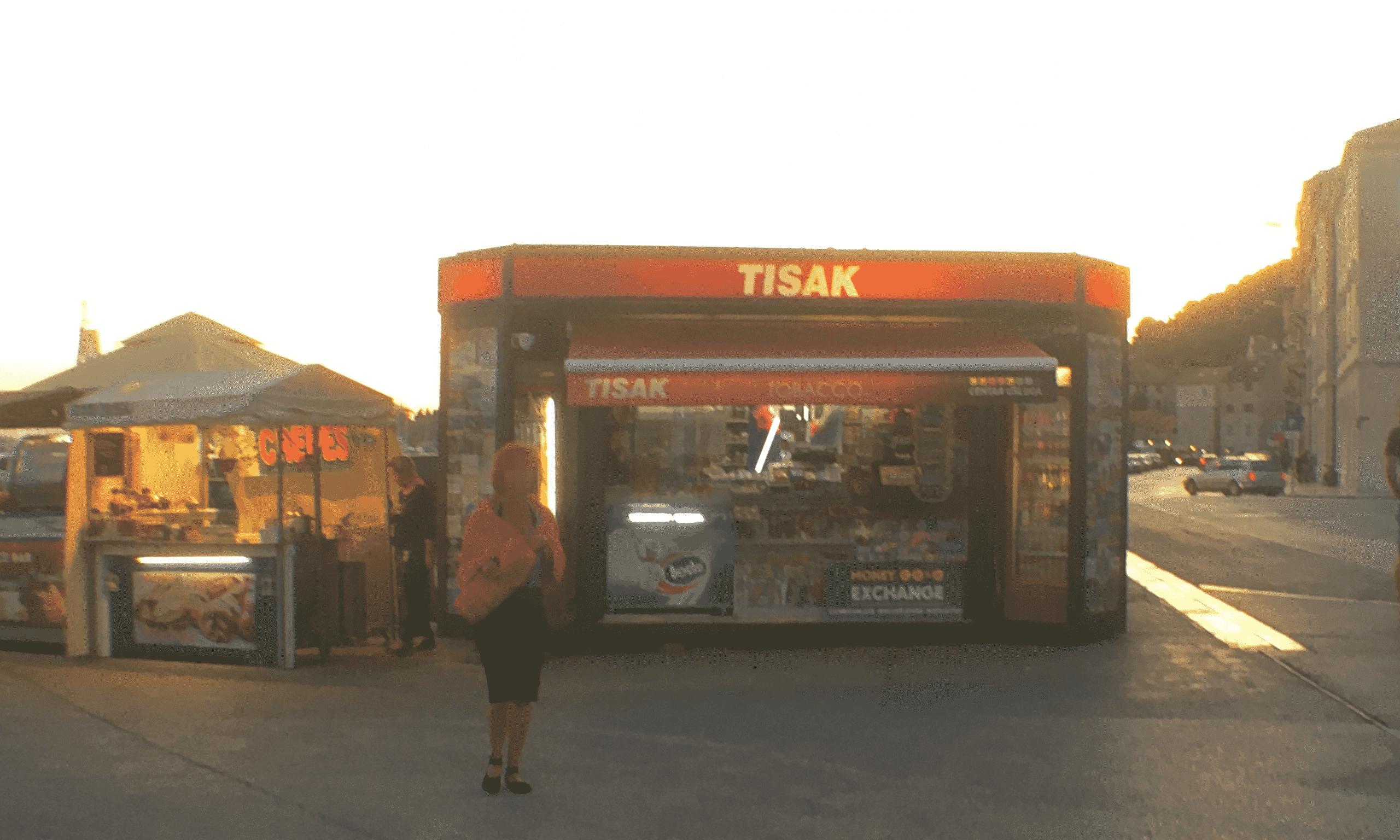minimal traveler, croatia, split, airport bus, transport010